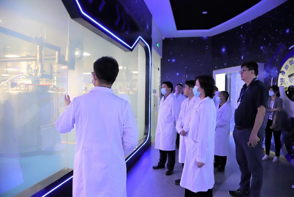简讯 | 人民日报社《中国城市报》社长杜英姿一行莅临雷火生物集团调研